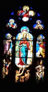 L'attribut alt de cette image est vide, son nom de fichier est Dampierre-vitrail-Chapelle-funéraire--156x300.jpg.