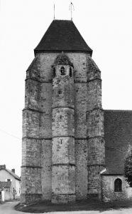 L'attribut alt de cette image est vide, son nom de fichier est Cernay-carte-postale-clocher-186x300.jpg.